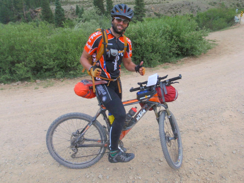 Mountain Bike: Handlebar Strap Pack/Bag
